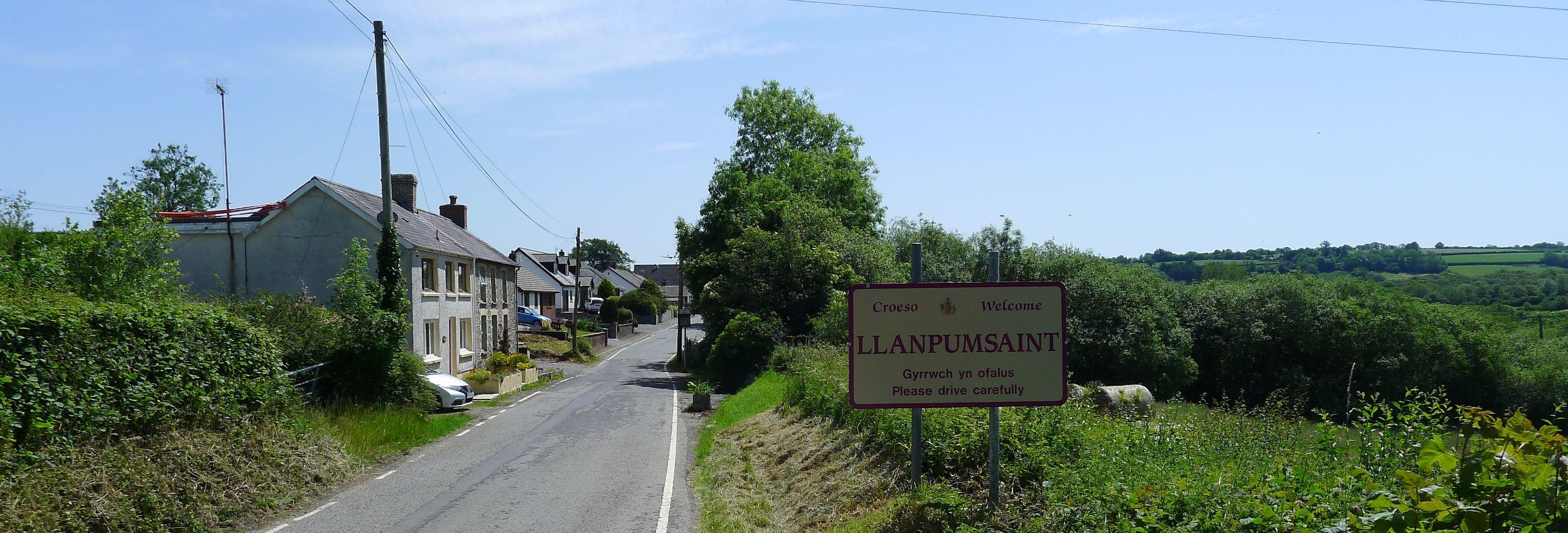 Llanpumsaint-Banners-2019-10